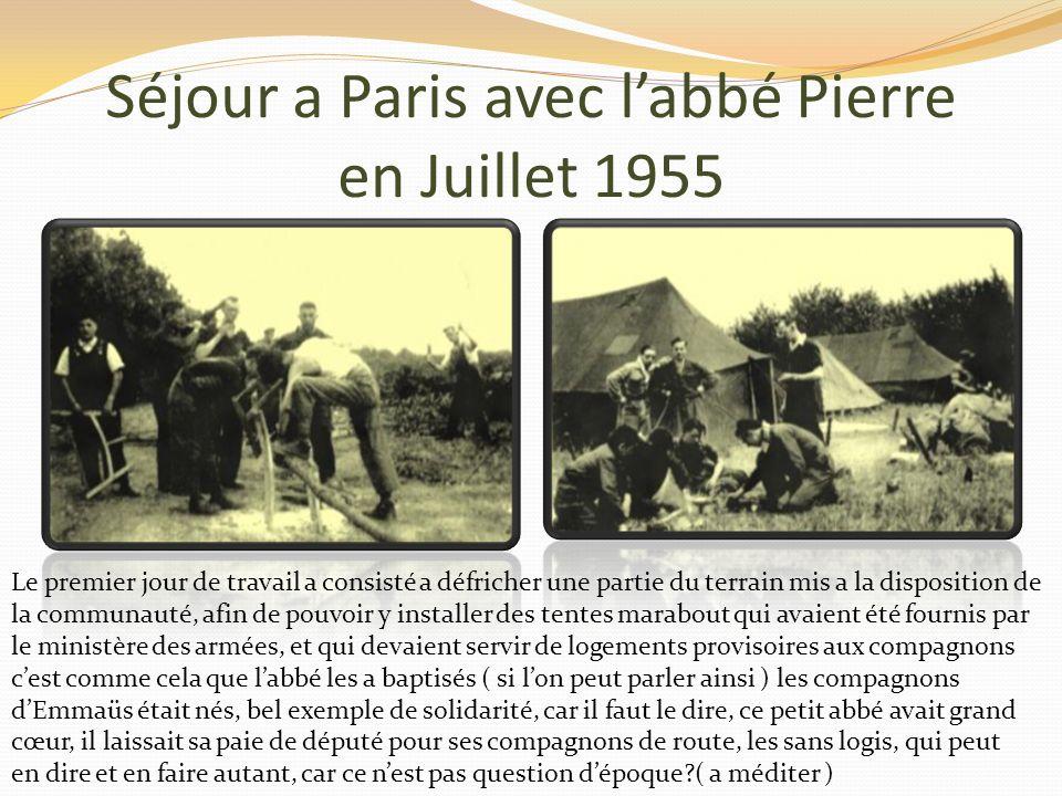 Séjour a Paris avec labbé Pierre en juillet 1955 Présentation du groupe Linstallation des tentes Nous étions une trentaine délèves a avoir répondu pré