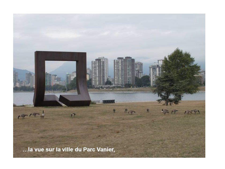 …la vue sur la ville du Parc Vanier,