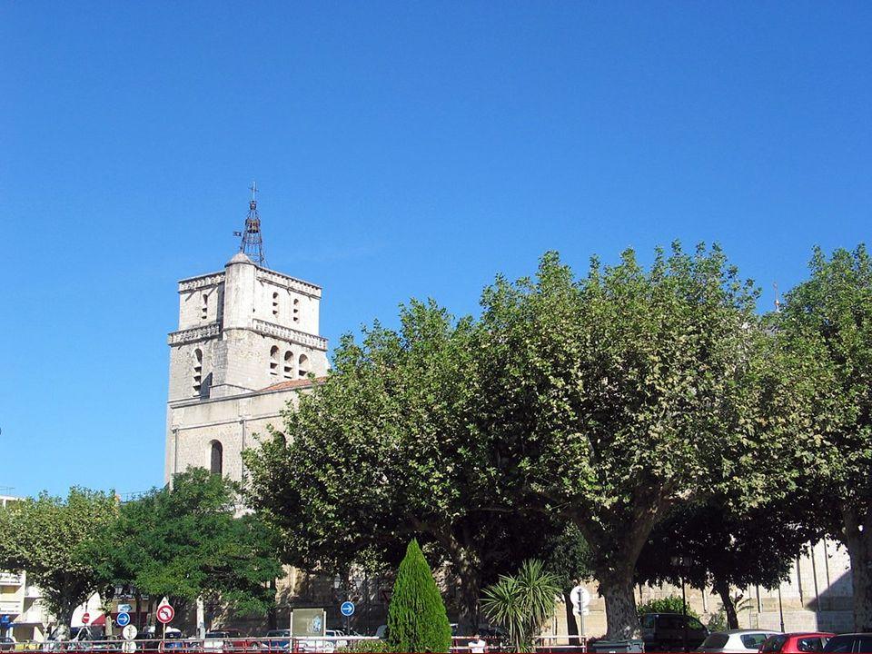 Balade du 06/09/2009 Traversée du département du Gard et de lHérault en passant par Alès, Anduze, Ganges, le cirque de Mourèze et les gorges dHéric.