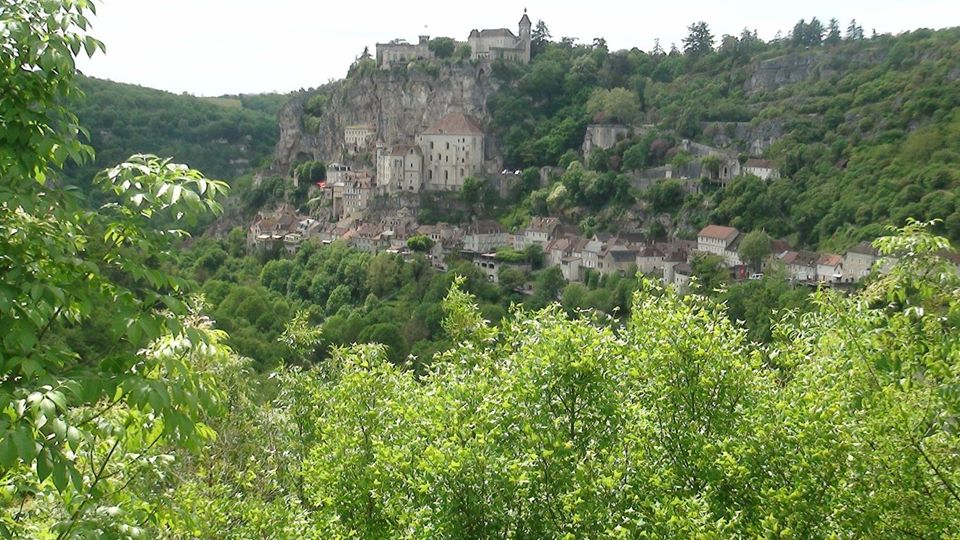 - Haut lieu de la Chrétienté depuis Le Moyen-Age, classé grand site exceptionnel de la région Midi-Pyrennées, ROCAMADOUR est un véritable défi à léqui