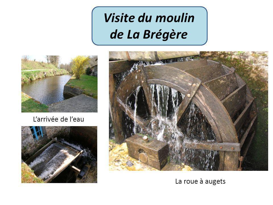 Visite du moulin de La Brégère Larrivée de leau La roue à augets