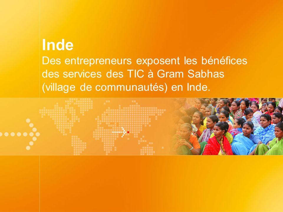 Inde Des entrepreneurs exposent les bénéfices des services des TIC à Gram Sabhas (village de communautés) en Inde.