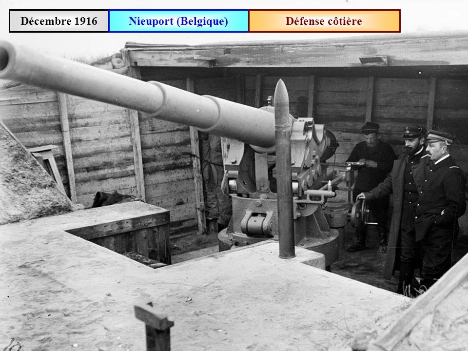 Octobre 1916Défilé de fantassins belges à La Panne