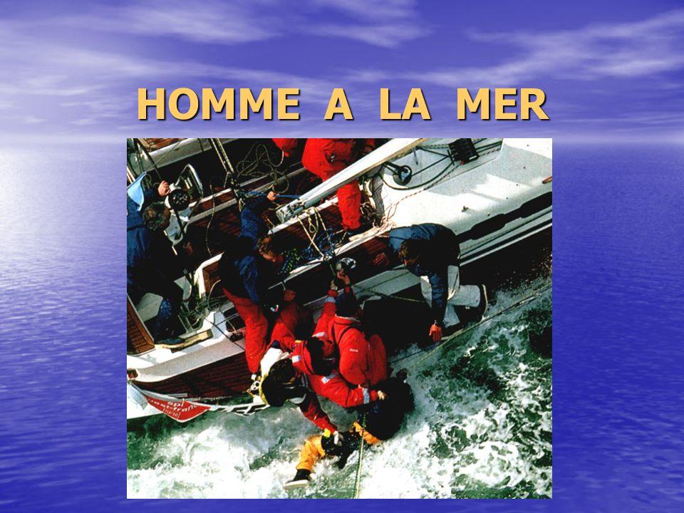 HOMME A LA MER
