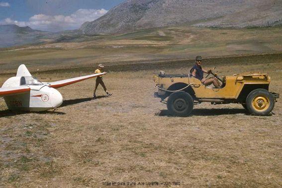 Mise en piste dune Aile Volante – Juin 1960