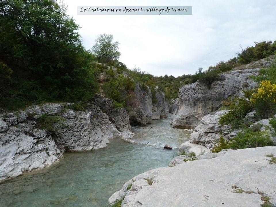 Bellecombe Tarendol depuis les Rochassons ( Secteur Ste Jalle )