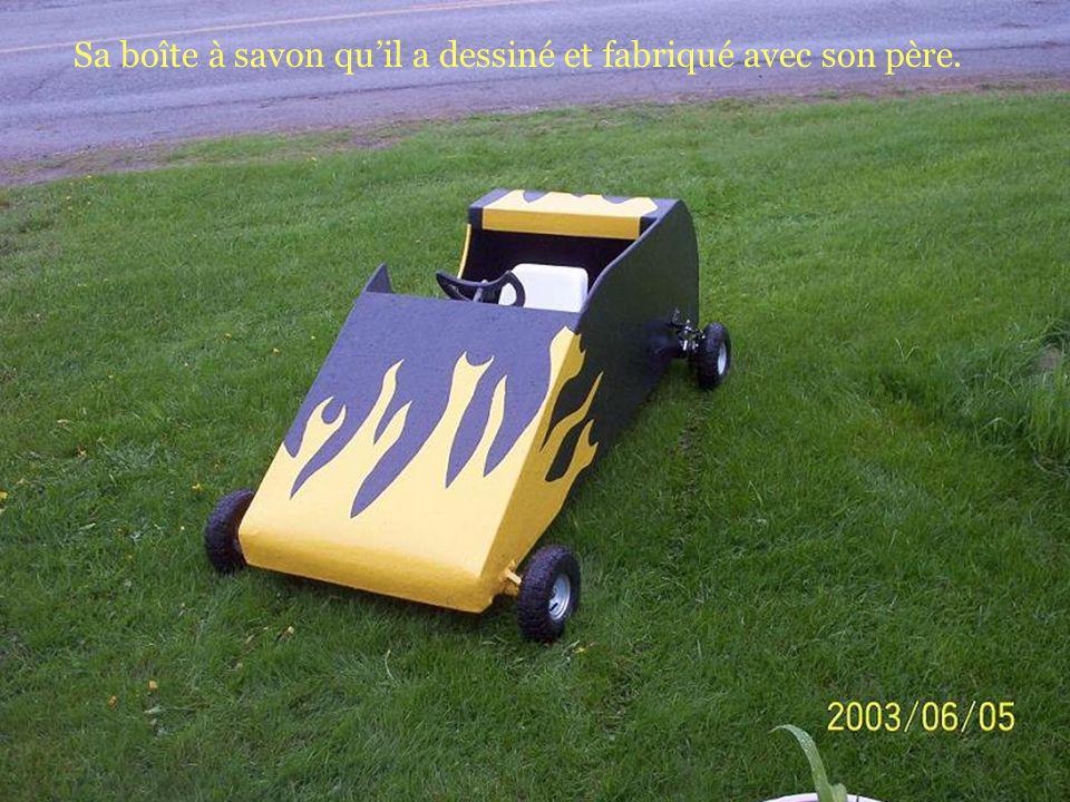Jim fesait toujours un croquis de ses inventions avant de le mettre à exécution, voici son tracteur presque terminé!