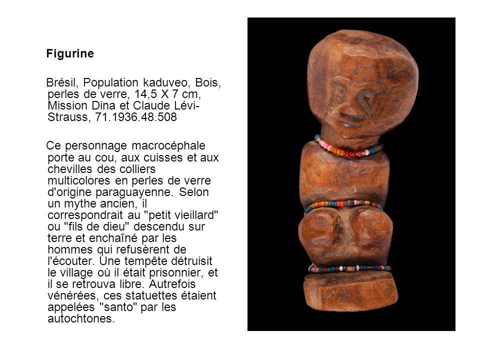 Figurine Brésil, Population kaduveo, Bois, perles de verre, 14,5 X 7 cm, Mission Dina et Claude Lévi- Strauss, 71.1936.48.508 Ce personnage macrocépha