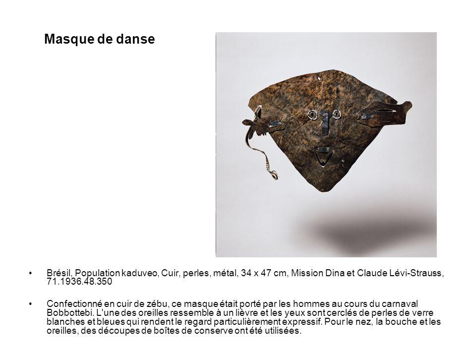 Brésil, Population kaduveo, Cuir, perles, métal, 34 x 47 cm, Mission Dina et Claude Lévi-Strauss, 71.1936.48.350 Confectionné en cuir de zébu, ce masq