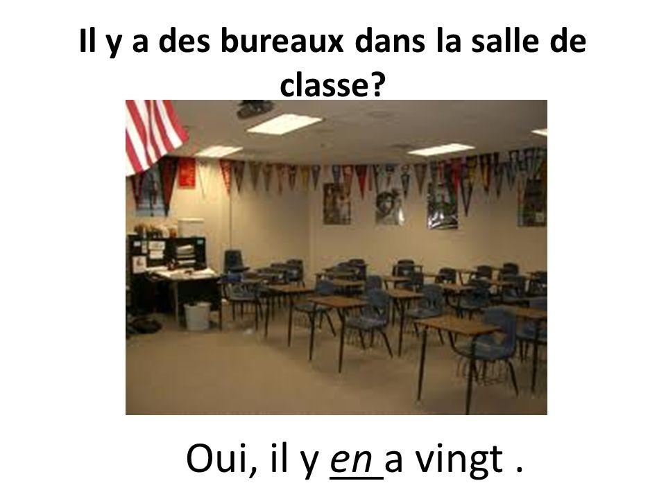 Combien de portes il y a dans la classe? Il y a une porte dans la salle de classe.