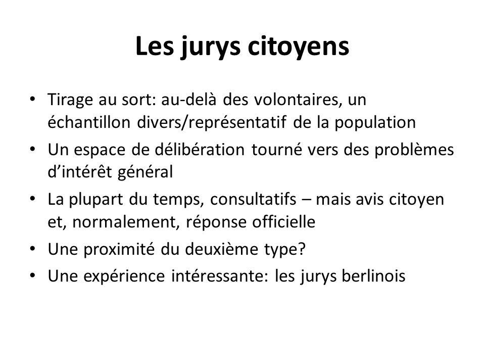 Les jurys citoyens Tirage au sort: au-delà des volontaires, un échantillon divers/représentatif de la population Un espace de délibération tourné vers