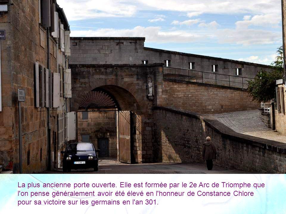 Porte Longe-Porte.