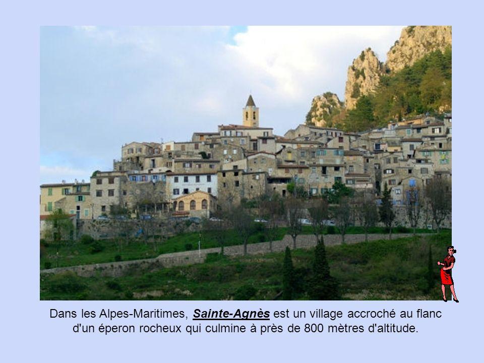 Peillon est un minuscule village médiéval, à quelques kilomètres de Nice.