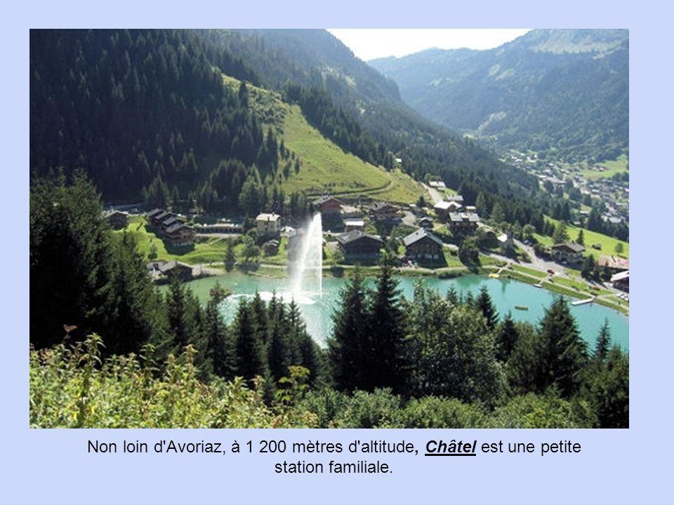 Dormillouse est un hameau de la commune de Freissinières, dans le département des Hautes-Alpes.
