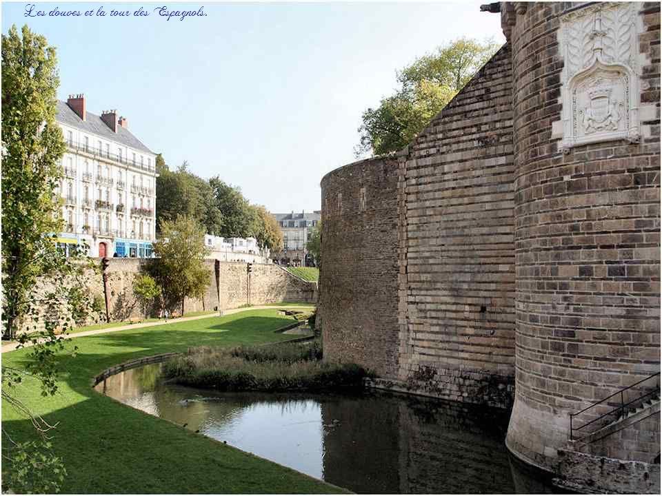 Au cours des XVIe et XVIIe siècles, le château est choisi comme résidence bretonne des rois de France. Le 30 avril 1598, Henri IV séjourne au château
