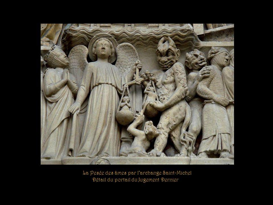 Représentation de lenfer… Le diable écrasant trois damnés : un riche, un évêque et un roi.