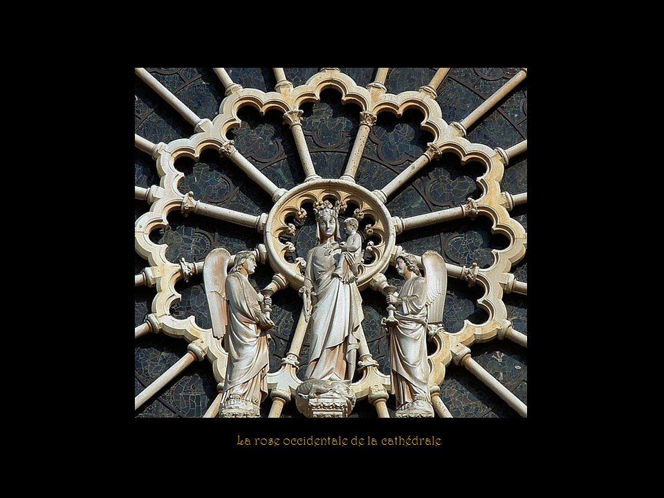 Le balcon de la Vierge Rosace ouest