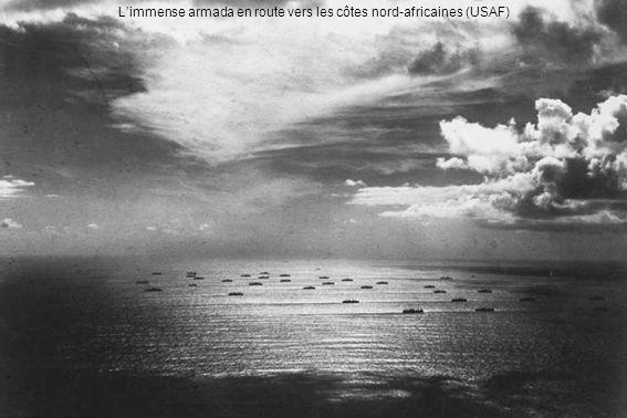 Débarquements au Maroc – Western Task Force Le général Patton commande 35 000 soldats américains et une flotte de trois cuirassés, cinq porte-avions (Ranger, Sangamon, Chenango, Suwanee et Santee, avec des Wildcat, Dauntless et Avenger), sept croiseurs, 38 destroyers, 16 autres bateaux et 36 transports de troupe.