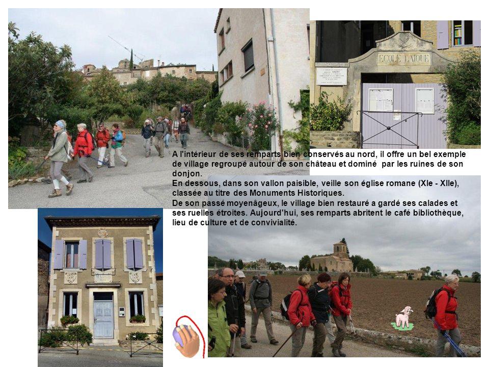 Perché sur les flancs d un roc au bord du plateau du est considéré comme l un des plus beaux villages de France.