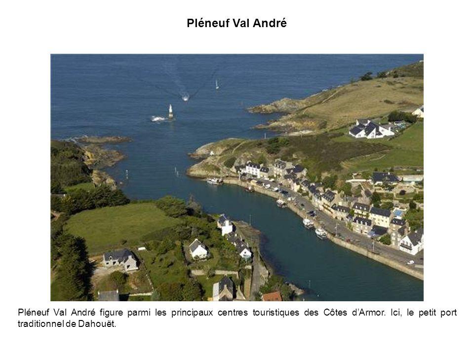 Le port de Doëlan Un concentré de charme et de pittoresque - Finistère