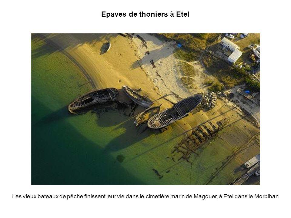 La baie de Goulven La baie de Goulven souvre entre les presquîles de Plouescat et de Kerlouan, dans le Finistère Nord.