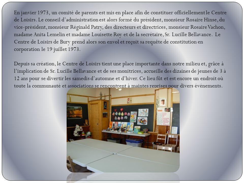 En janvier 1973, un comité de parents est mis en place afin de constituer officiellement le Centre de Loisirs. Le conseil dadministration est alors fo