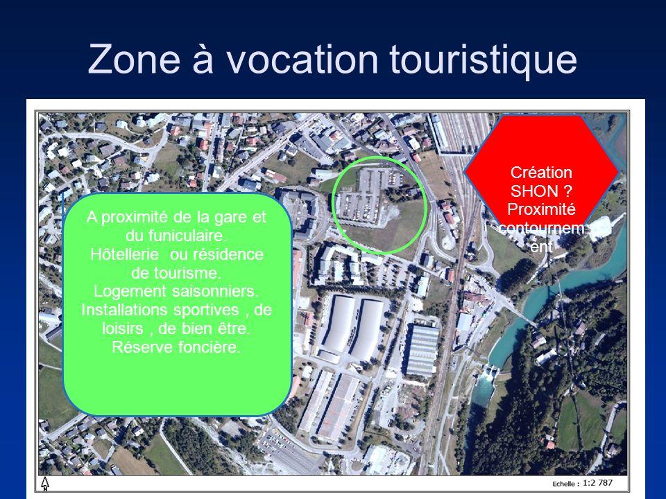 Zone à vocation touristique A proximité de la gare et du funiculaire. Hôtellerie ou résidence de tourisme. Logement saisonniers. Installations sportiv