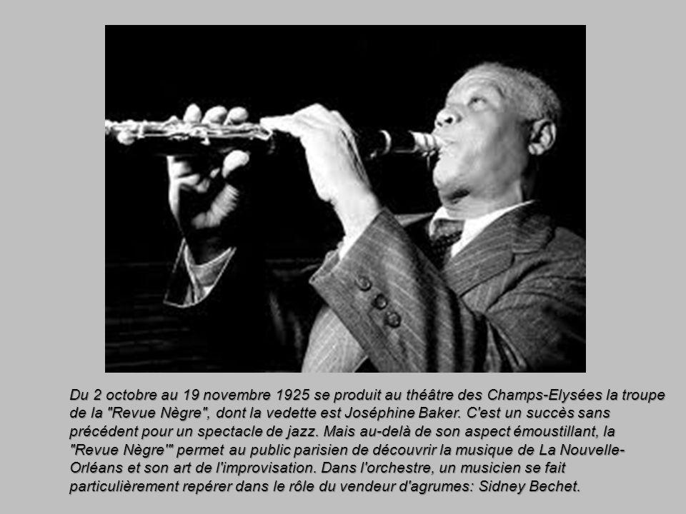 Du 2 octobre au 19 novembre 1925 se produit au théâtre des Champs-Elysées la troupe de la