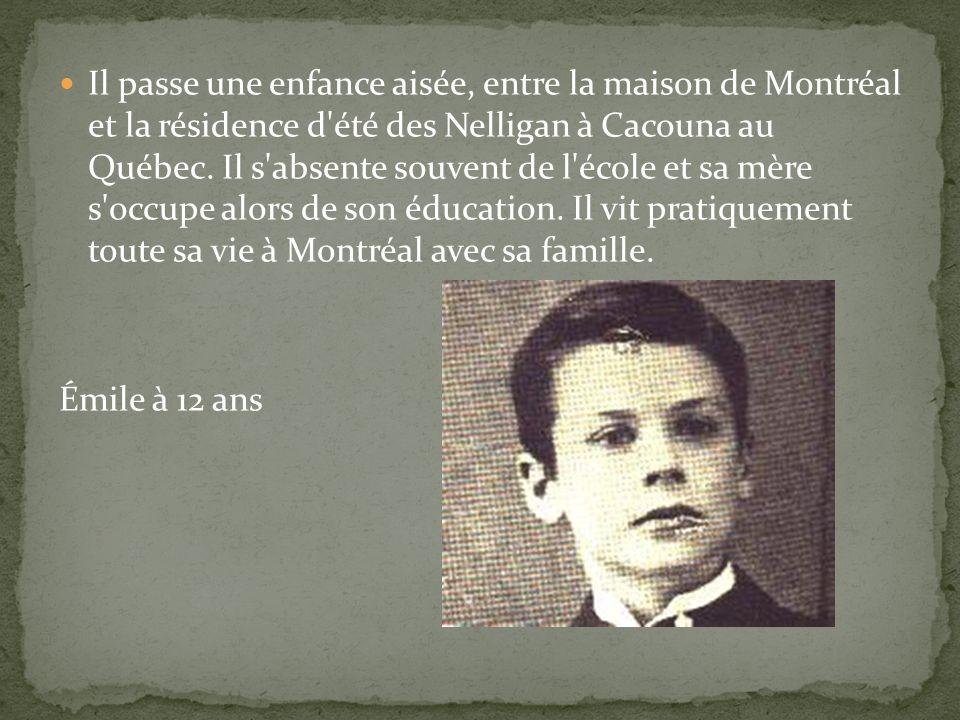 Nelligan naît le 24 décembre 1879 à Montréal au 602, rue de La Gauchetière. Il est le premier fils de David Nelligan, un anglophone irlandais arrivé a
