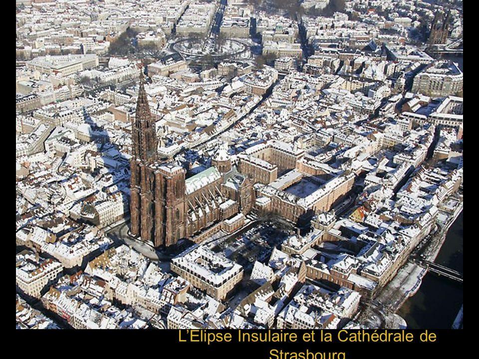 LElipse Insulaire et la Cathédrale de Strasbourg