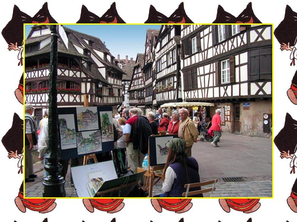 Province chaleureuse et prospère, l'Alsace figure en bonne place au palmarès des plus belles régions de France. Si la beauté de ses paysages, la riche