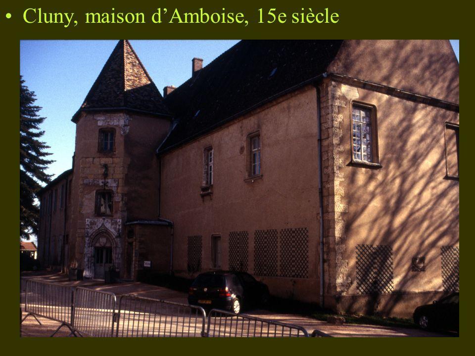 Cluny, maison dAmboise, 15e siècle