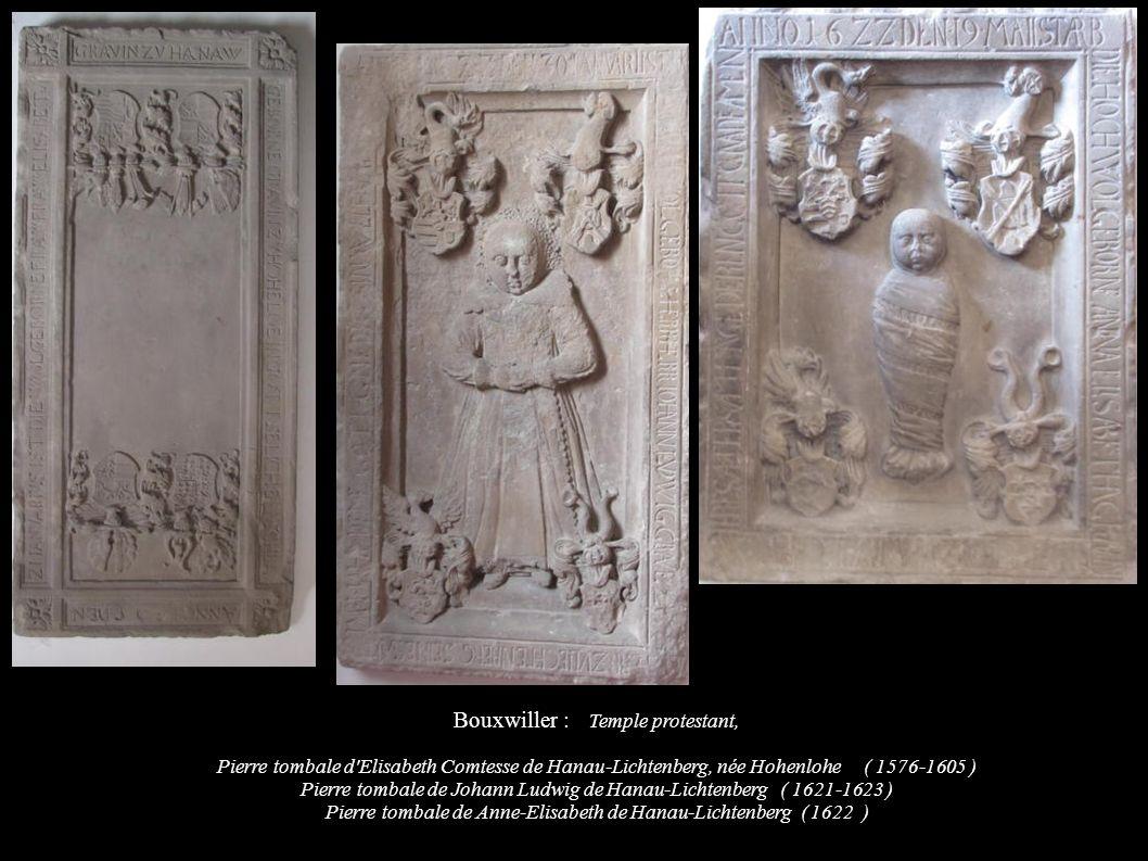 Bouxwiller : Temple protestant, Pierre tombale d'Elisabeth Comtesse de Hanau-Lichtenberg, née Hohenlohe ( 1576-1605 ) Pierre tombale de Johann Ludwig