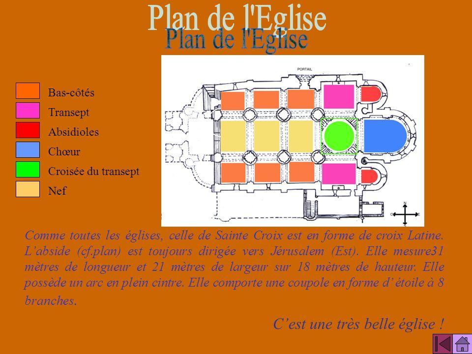 Édifice roman daté de la fin du XI ème, début du XII ème siècle, léglise Sainte-Croix est la plus ancienne de la ville. Perchée sur le haut de la coll
