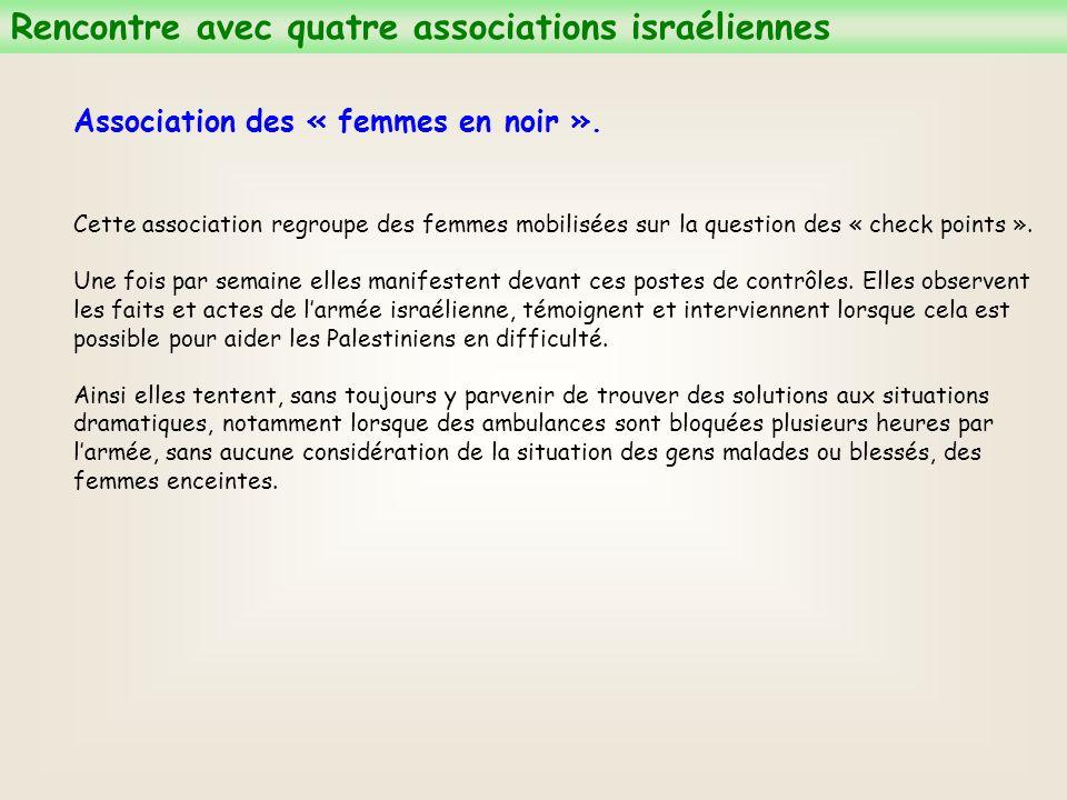 Association des « femmes en noir ».