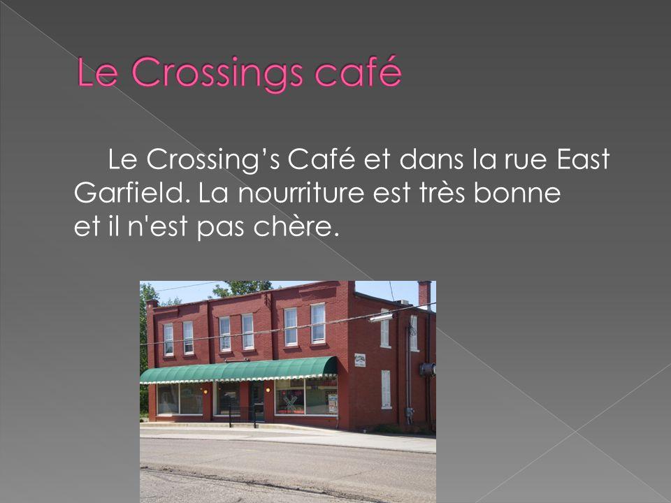Le Crossings Café et dans la rue East Garfield. La nourriture est très bonne et il n'est pas chère.