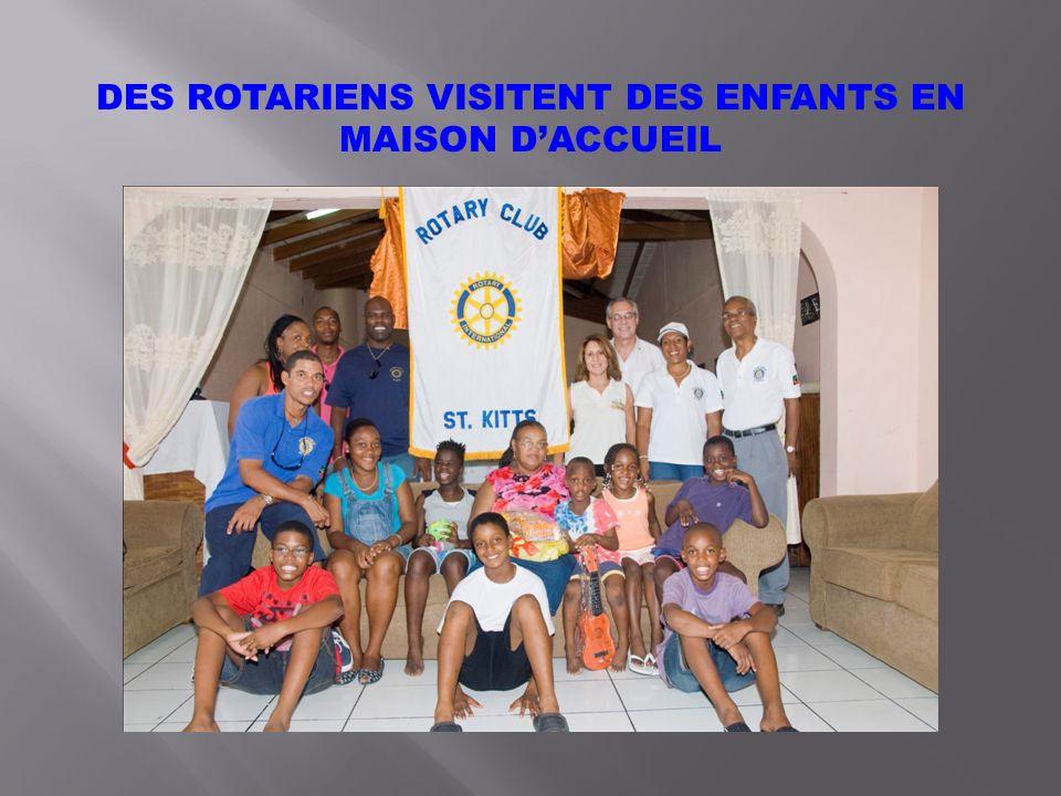 DES ROTARIENS VISITENT DES ENFANTS EN MAISON DACCUEIL