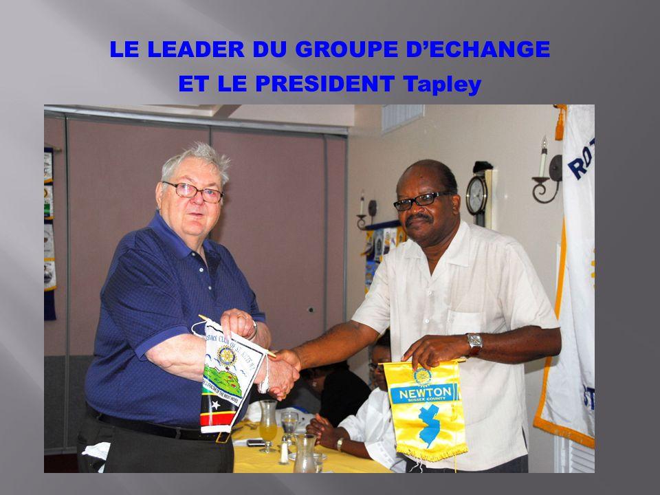 LE LEADER DU GROUPE DECHANGE ET LE PRESIDENT Tapley