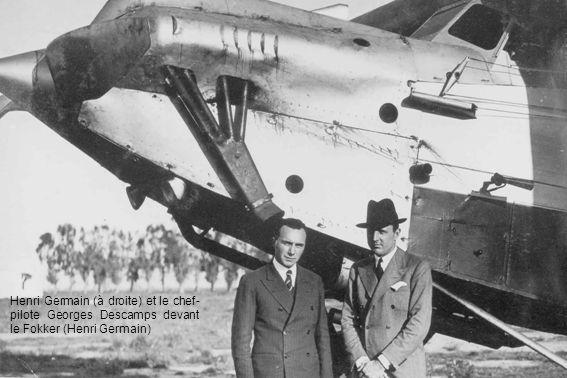 Henri Germain (à droite) et le chef- pilote Georges Descamps devant le Fokker (Henri Germain)