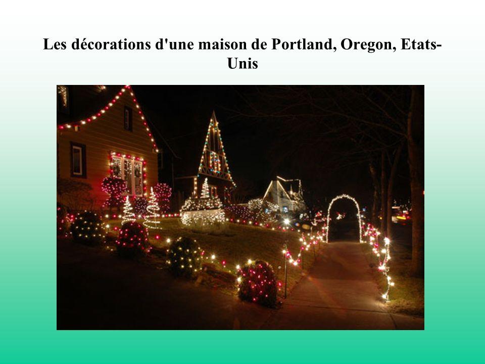 Les décorations d'une maison de Portland, Oregon, Etats- Unis