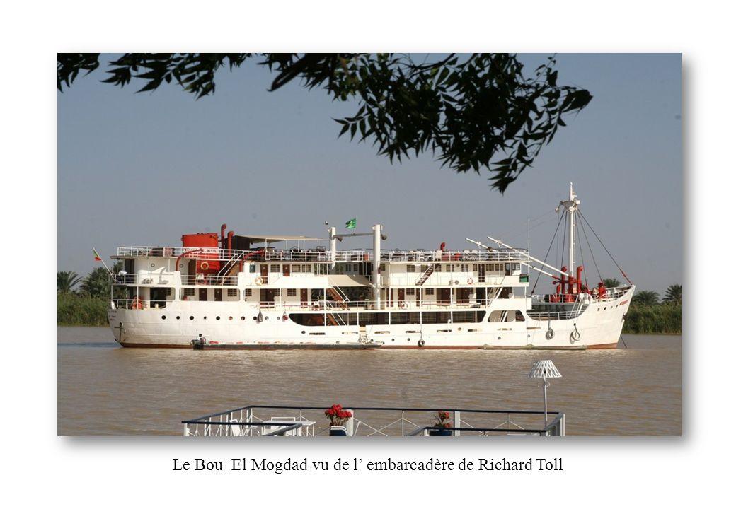 Le Bou El Mogdad vu de l embarcadère de Richard Toll