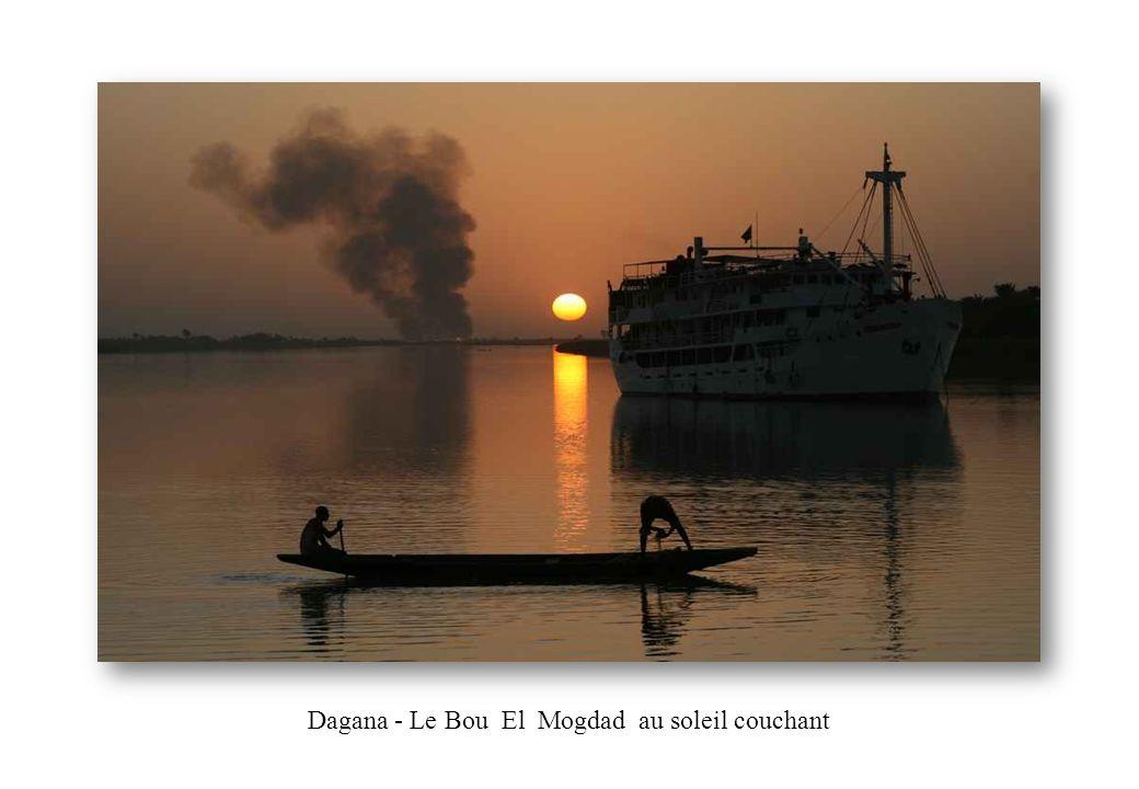 Dagana - Le Bou El Mogdad au soleil couchant