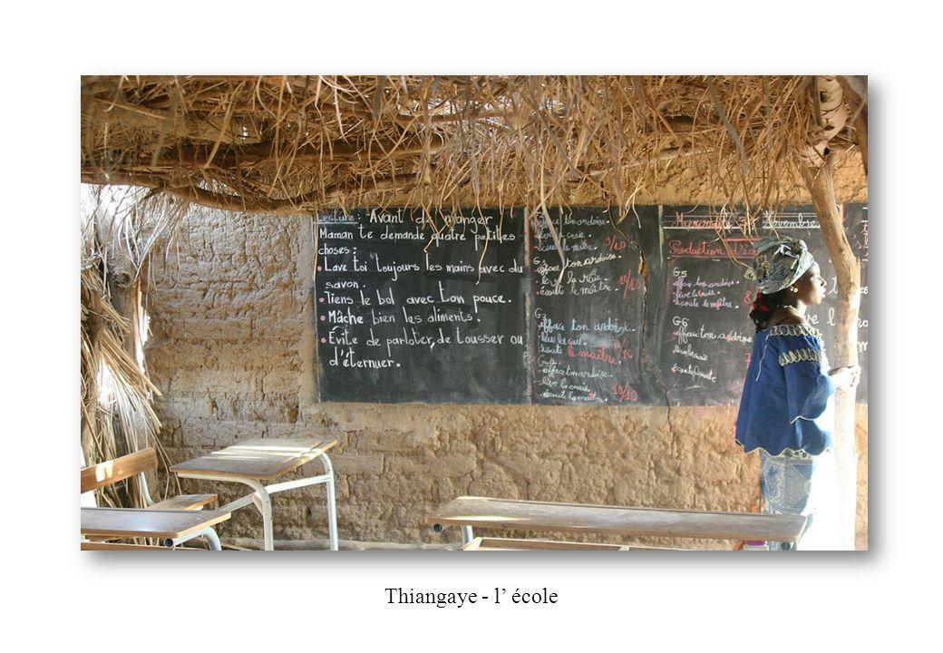 Thiangaye - l école