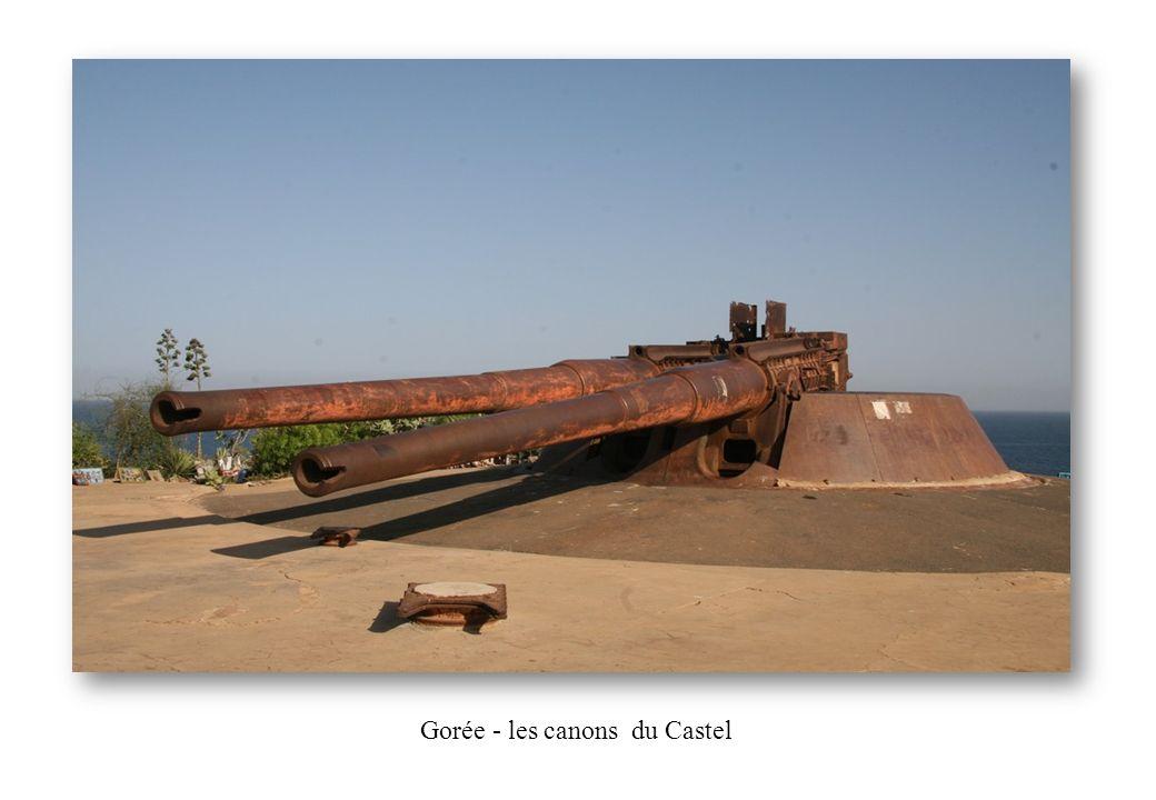 Gorée - les canons du Castel