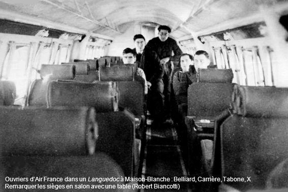 Ouvriers dAir France dans un Languedoc à Maison-Blanche : Belliard, Carrière, Tabone, X Remarquer les sièges en salon avec une table (Robert Biancotti)