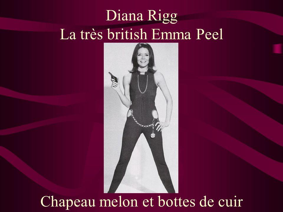 Diana Rigg La très british Emma Peel Chapeau melon et bottes de cuir