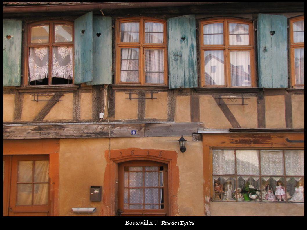 Bouxwiller : Rue de l'Eglise