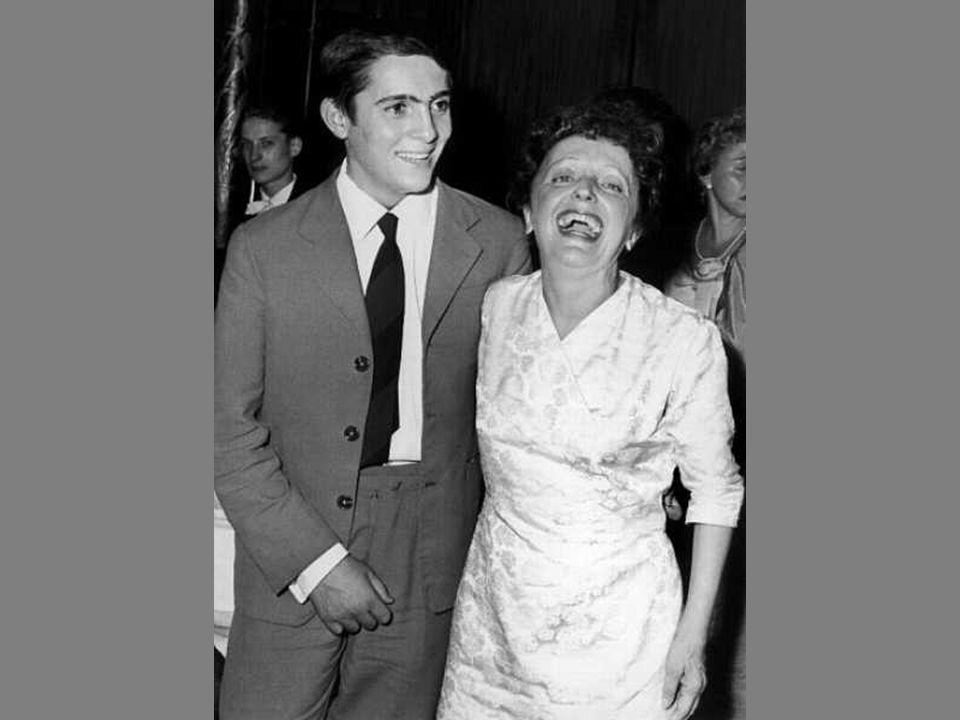 Edith Piaf née Édith Giovanna Gassion le 19 décembre 1915 à Paris, morte le 10 octobre 1963 à Grasse est une chanteuse française de music-hall et de v