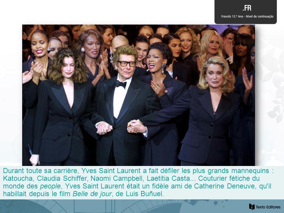 Durant toute sa carrière, Yves Saint Laurent a fait défiler les plus grands mannequins : Katoucha, Claudia Schiffer, Naomi Campbell, Laetitia Casta...