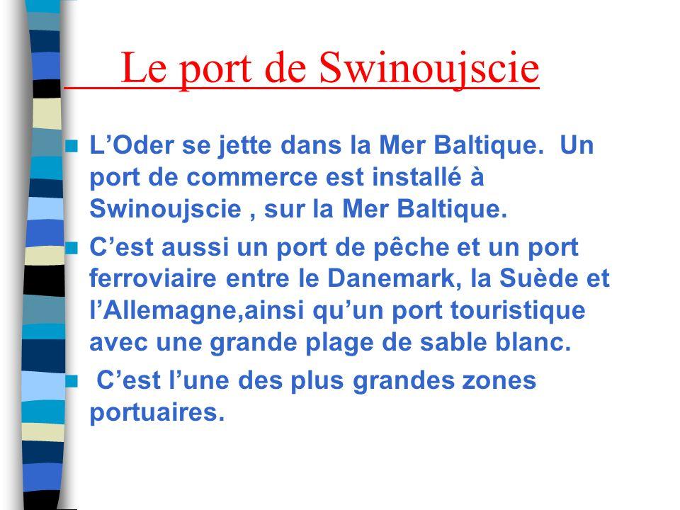 La vue sur le port de Swinoujscie